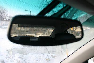Вот весь сектор обзора, доступный водителю в отсутствии боковых зеркал