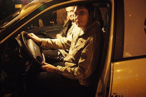 Калиновод Рузиль (Уфа) за рулем «путинской» Калины. Ему понравилось.
