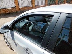Hyundai Solaris без ветровиков