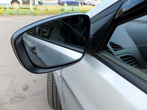 Зеркала почти комфортные, но не хватает регулировки водительского и сферичность хотелось бы побольше