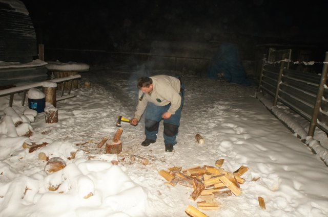Заготовка дров для балка заправки