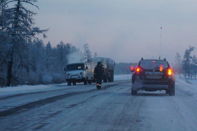 ГАИ из Якутска в командировке активно работает на трассе