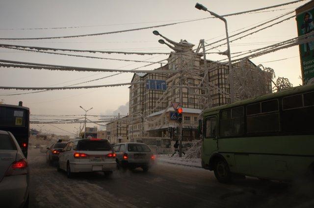 Ещё Якутск. Обратите внимание на провода!