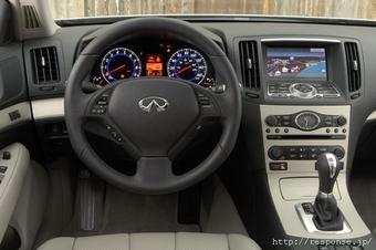 Infiniti G35 - скорее всего именно так будет выглядить новое поколение Nissan Skyline, появление которого ожидается в октябе 2006 года.