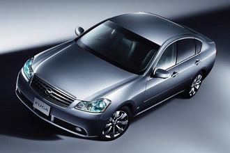Nissan Fuga Stylish Silver Leather