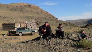 На Краю Кызыл-Хаи