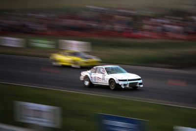 Ячменев С. (Nissan Silvia) против Павлова Д. (Toyota Supra).