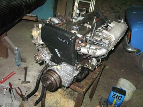 Собранный двигатель.