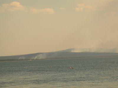 Лесные пожары вокруг озера Арахлей.