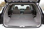 Багажное отделение Lexus RX450h со сложенным вторым рядом сидений