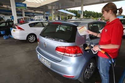 Однако оба расходуют топливо очень экономно.