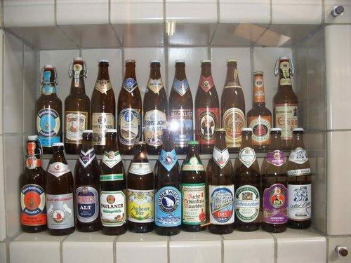 История немецкого пива в бутылках.
