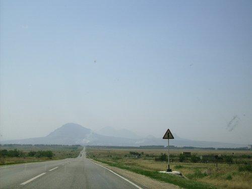На подъезде к Мин. Водам уже видны горы.