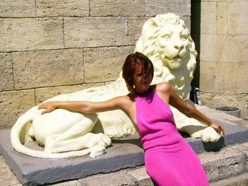Львы на входе в Провал.