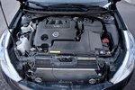 Под пластиком прячется 3,5-литровый двигатель мощностью 249 л.с.