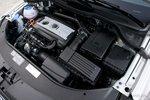 Турбированный рядный четырехцилиндровый двигатель VW объемом 2литра выдает 200л.с. и 280,7Нм крутящего момента.