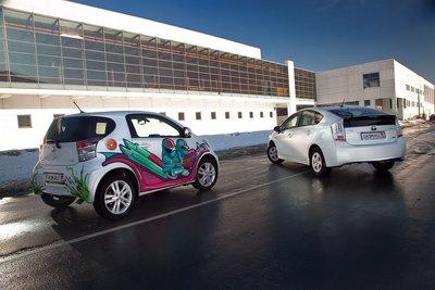 Toyota Prius и Toyota iQ на тест-драйве Drom.ru