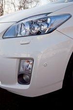 Фара и противотуманка Toyota Prius