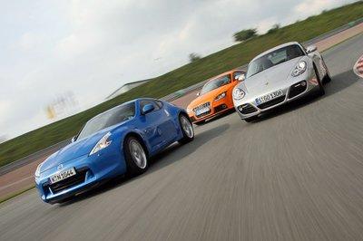 Три спортивных купе с восхитительными формами кормы: редакция Auto Bild Sportcars пригласила Nissan 370Z, Porsche Cayman и Audi TTS для новой главы в старом троеборье на трассу Заксенринг.