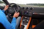 ... Audi не даст пропотеть: уверенно держась на дороге, несмотря на мягкое рулевое управление, он полностью «защищен от дурака», ...