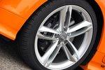 Приятный вид: для фотосессии TTS предстал на 19-дюймовых колесах, для теста было достаточно 18-дюймовых.