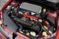 2,5-литровый оппозитный четырехцилиндровый мотор STI с турбонаддувом мощностью 305 л.с.