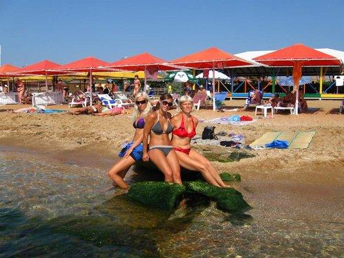 Лето, девушки, пляж и так далее. » Поржать. ру 33