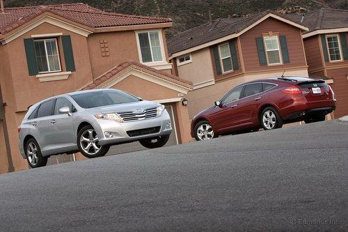 Toyota Venza — король спальных районов? Очень может быть.