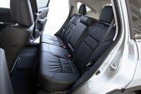 В CR-V значительно больше места для детского автокресла, развернутого против движения, чем в Escape.