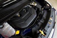 Двухлитровый двигатель Escape EcoBoost производит столько крутящего момента и мощности, будто это V6.
