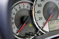 Переднеприводная версия с вариатором и 1,5-литровым двигателем опционально может быть оснащена системой старт-стоп. Уровень экономичности при этом достигнет показателя 21,4 км/л или 4,7л на100км, что на 1,4км/л выше по сравнению с базовой комплектацией. Стоимость опции составляет от 54600 иен, около 22,5тыс.руб. («1.5 Luxel») до 112350иен, около 46тыс.руб. («1.5X»).