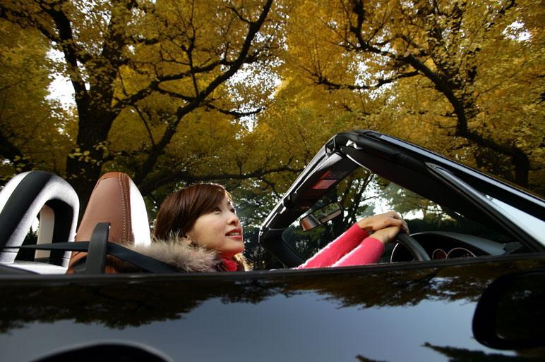 Mazda Roadster VS