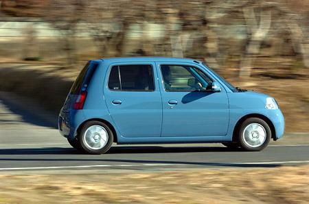 Итак, что мы имеем? За сумму, не превышающую 1 млн. иен, нам предлагается автомобиль, который наделен приятной внешностью и имеет отменные тяговые характеристики.