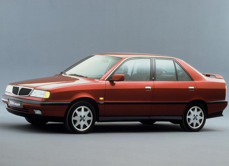 Lancia Dedra 1990 года выпуска.